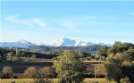 No neighbours .House and gites. 7 acres Mountain views. pool. AUDE