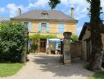 Superb 6 bedroom Maison de Maitre with 4 High Quality Gites, Pool & 7000m2 Garden