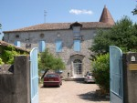 Chateau in the heart of Lauzun With 12 bedrooms, Garden & Outbuildings