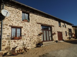 Converted Barn, comprising main house 3 bedrooms and attached cottage of 4 bedrooms