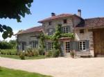 Fabulous  farmhouse in a  prime location