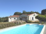 Superb bungalow, pool and amazing views