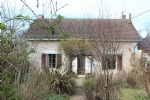 House with 4 acres, walk to town centre.