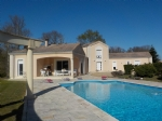 Villa of 279m² on a plot of 1.5ht with swimming pool. 1 hour from Bordeaux