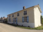 Availles Limouzine - Old farmhouse with outbuildings and land