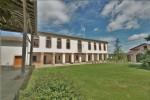 Renovated estate of 740 m²