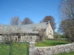 Farmhouse with outbuildings, bread oven and adjoining land on the Aubrac, panoramic view, quiet
