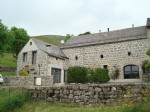 Very pretty stone house and slate roof with adjoining land provided with a small stream
