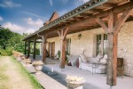 Stunning property, beautifully renovated to a very high standard