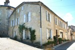 Authentic Gasconny village house with garden, on Compostelle road