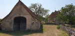 Only 7 kms from Gramat. Beautiful house from 1836 : with renovation to do