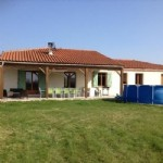 Bright modern property, 3 bedrooms and just a stones throw from the historic town of Duras