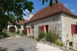 In Cajarc, two stone houses with a land of more than 2ha
