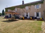 Maison de maitre and character / equestrian center equipee