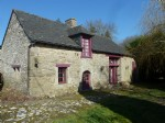 House for sale near dinan, bijou house, beautiful features!