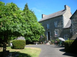 Collinee area, beautiful country property with gite on 2 acres of mature grounds