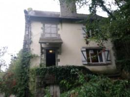 Barrage de rophemel: 2 bed stone cottage to renovate