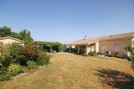 Marthon (Charente) - Immaculate 3 bedroom bungalow  on the edge of a popular village with amenities