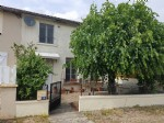 Montmorillon, Vienne 86: house with courtyard,garden, garage