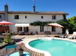 Near Montmorillon, Vienne 86: house with pool and view