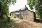 Renovated farmhouse in the Morvan with 3,7acres, Corancy