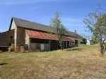Detached house for sale in Burgundy with outbuildings