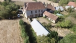 17th century former manor house, to restore, on 3 853 m² land.