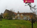 Nice Farmhouse, with a Barn with porch, set on 2100 m².