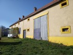 Beautiful farmhouse to finish renovating with barns on 4990M2