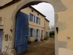 Authentic house, guest rooms in classified village