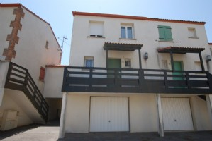 Fabulous 3 bedroom house with terrace and garden 200m from the beach!