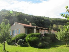 Detached villa near centre of village with all amenities