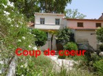 *Very Rare: Charming Ceret center town house, 5 bedrooms, garden, garage, and lovely views