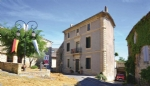 *Wonderful character property close to Uzes, with several possible business opportunities!