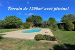 Constructible terrain of 1200m² with private entrance and pool in place!