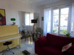 *Quality 2 bed apartment in excellent location with 2 balconies