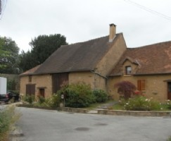 Beautifully renovated detached hamlet house