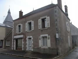 Town house to update with shop front