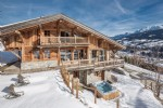 This luxury ski-in ski-out chalet has unique breathtaking views of Megève and Mont Blanc