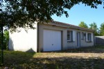 Detached bungalow with a small price