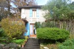 Detached house on the outskirts of Aubeterre