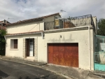 3 Bedroom Townhouse In Mansle With Small Garden