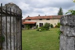 4 Bedroom Renovated house With 2 Bed Gîte, Swimming Pool