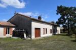 Stone House 4 Bedrooms and Garage - Close to Sauzé Vaussais