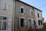 Town House to Renovate - Champagne Mouton