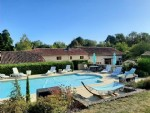Renovated Stone House with 5 Bedrooms, Gite and Pool