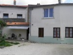 2 Bedroom Townhouse In Ruffec With Enclosed Courtyard