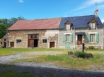 Nice farmhouse with a lot of land in the south of the Brenne