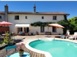 Near Montmorillon: house with superb terrace, pool and view