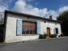 Traditional House, Land and Barn - Haute Vienne - St Barbant